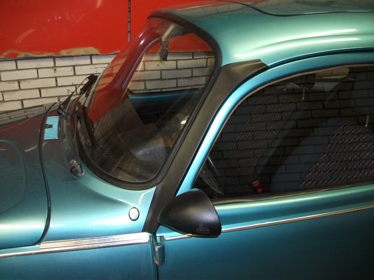 VW beetle A pillar deflector